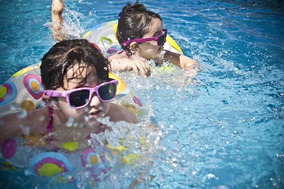 piscine + portique
